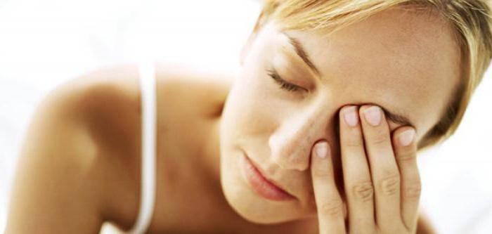 проявляется болезнь надпочечников у женщин