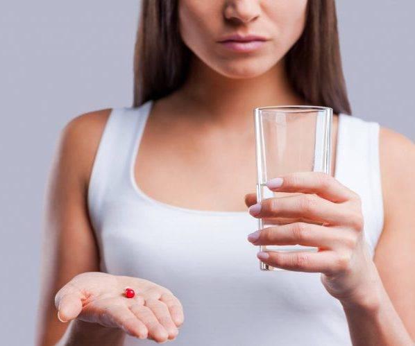 Пьет антибиотики